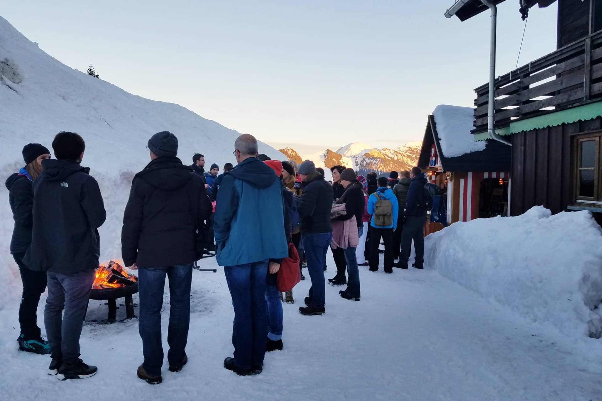 Teamevent Schneeschuhwanderung mit Zipflbobabfahrt